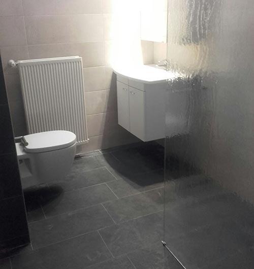 Compacte badkamer voor familie Mul | IJsselmuiden